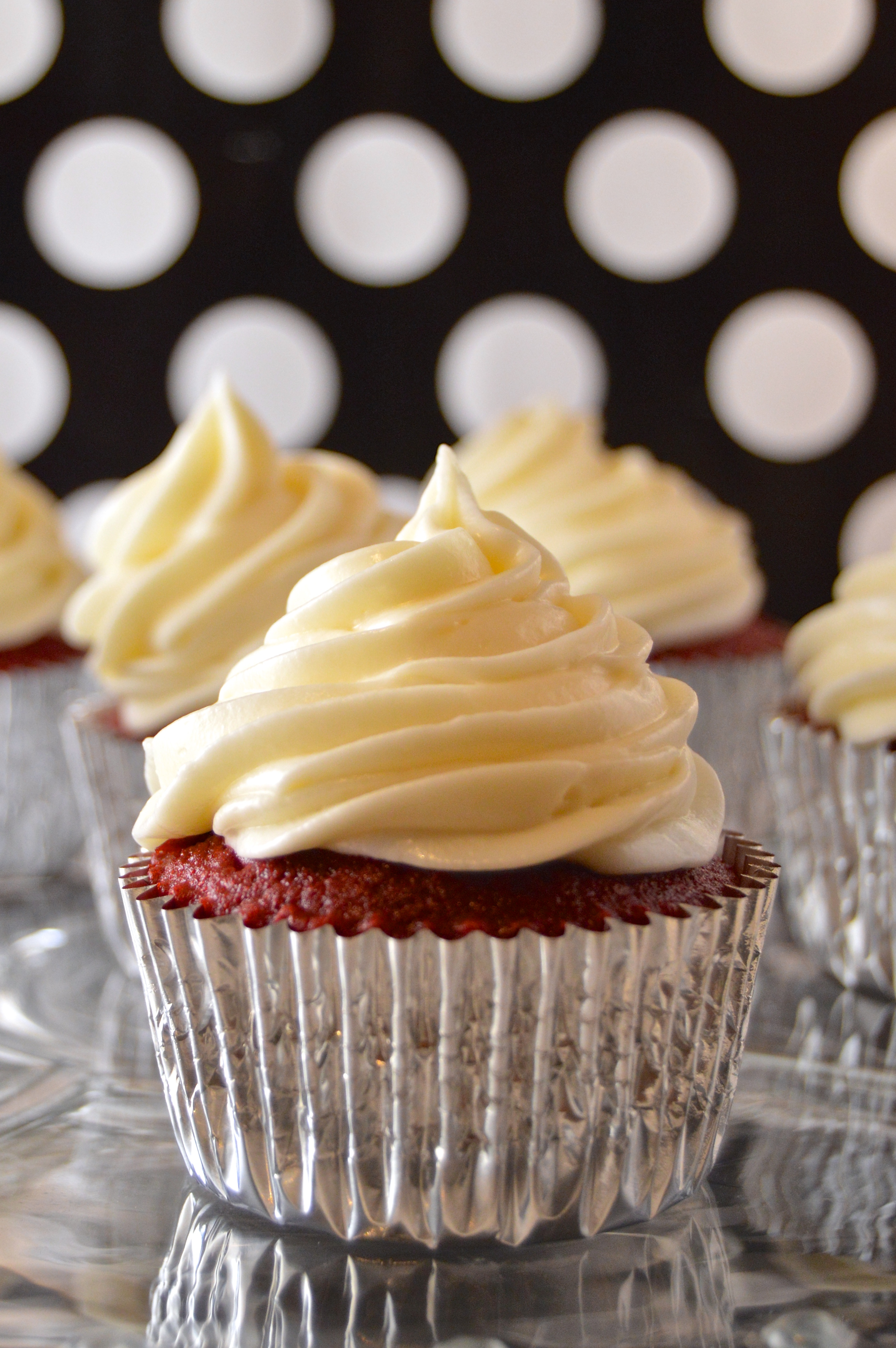 Red Velvet Cupcakes with Homemade Cream Cheese Frosting - Revamperate