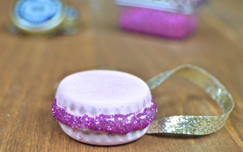 Bottle Cap Macaron Christmas Ornament | Revamperate